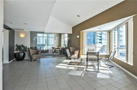 Photo 11: 300 Manitoba St Unit #403 in Toronto: Mimico Condo for sale (Toronto W06)  : MLS(r) # W3453080