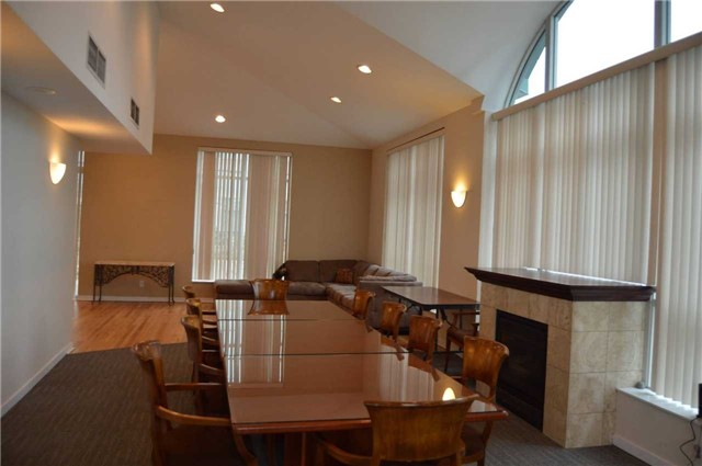 Photo 8: 300 Manitoba St Unit #403 in Toronto: Mimico Condo for sale (Toronto W06)  : MLS(r) # W3453080