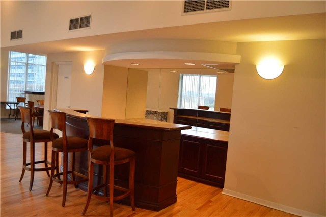 Photo 9: 300 Manitoba St Unit #403 in Toronto: Mimico Condo for sale (Toronto W06)  : MLS(r) # W3453080
