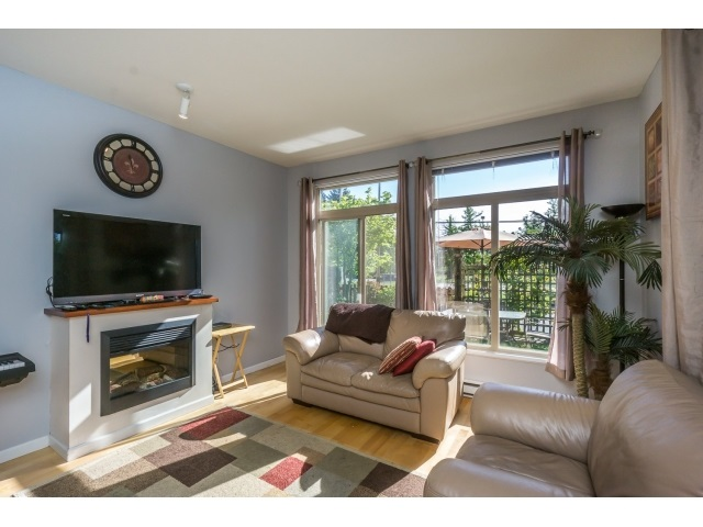 Photo 10: 130 15380 102A AVENUE in Surrey: Guildford Condo for sale (North Surrey)  : MLS(r) # R2062187