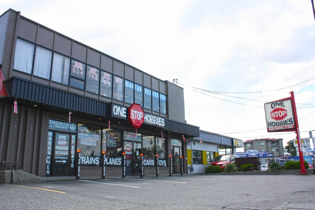Main Photo: 33228 South Fraser Way in Abbotsford: Abbotsford East Business with Property for sale