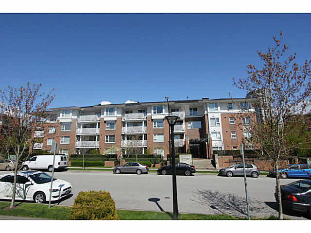 Main Photo: 206 4783 Dawson Street in Burnaby: Brentwood Park Condo for sale (Burnaby North)  : MLS® # V1121931