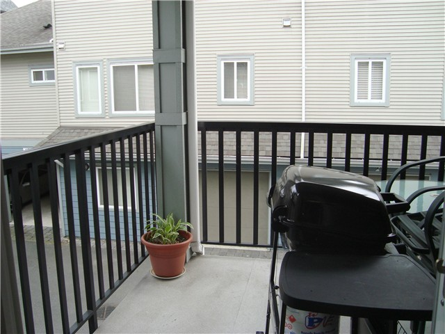 Photo 5: 1 7820 ASH Street in Richmond: McLennan North Townhouse for sale : MLS(r) # V951929