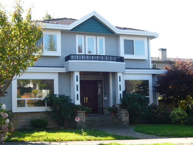 Main Photo:  in Vancouver: Home for sale : MLS® # V739259