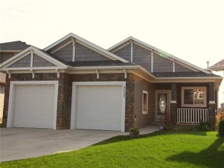 Main Photo: 227 BAYSIDE Landing SW: Airdrie Residential Detached Single Family for sale : MLS(r) # C3585615