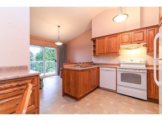 Photo 4: # 208 9072 FLEETWOOD WY in Surrey: Fleetwood Tynehead Condo for sale : MLS® # F1436052