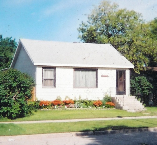 Main Photo: 370 Parkview Street in Winnipeg: St James-Assiniboia Single Family Detached for sale (5e)  : MLS(r) # 2618199