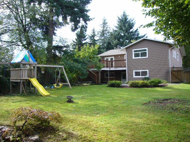 Photo 17: 15590 MADRONA DR in Surrey: King George Corridor House for sale (South Surrey White Rock)  : MLS® # F1425041