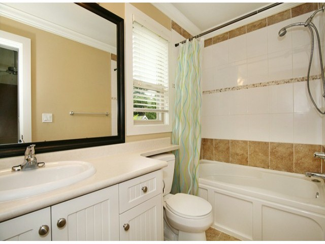 Photo 16: 14757 34A AV in Surrey: King George Corridor House for sale (South Surrey White Rock)  : MLS(r) # F1421355