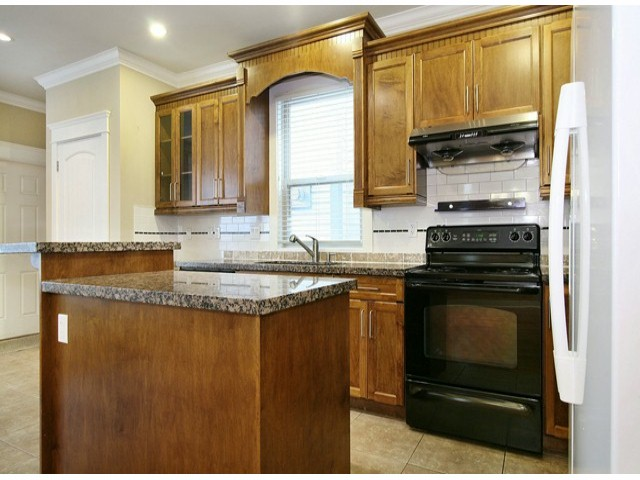 Photo 5: 14757 34A AV in Surrey: King George Corridor House for sale (South Surrey White Rock)  : MLS(r) # F1421355