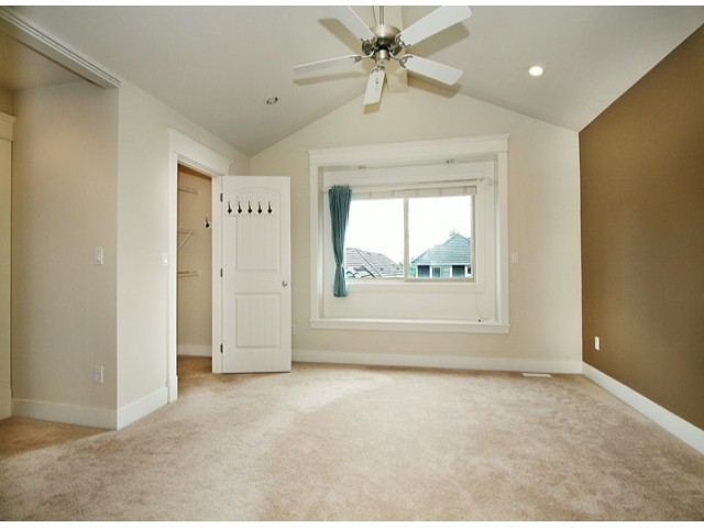 Photo 15: 14757 34A AV in Surrey: King George Corridor House for sale (South Surrey White Rock)  : MLS(r) # F1421355