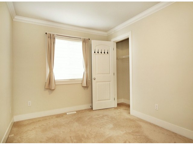 Photo 14: 14757 34A AV in Surrey: King George Corridor House for sale (South Surrey White Rock)  : MLS® # F1421355