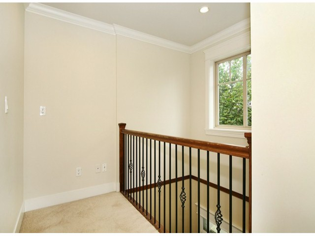Photo 11: 14757 34A AV in Surrey: King George Corridor House for sale (South Surrey White Rock)  : MLS® # F1421355