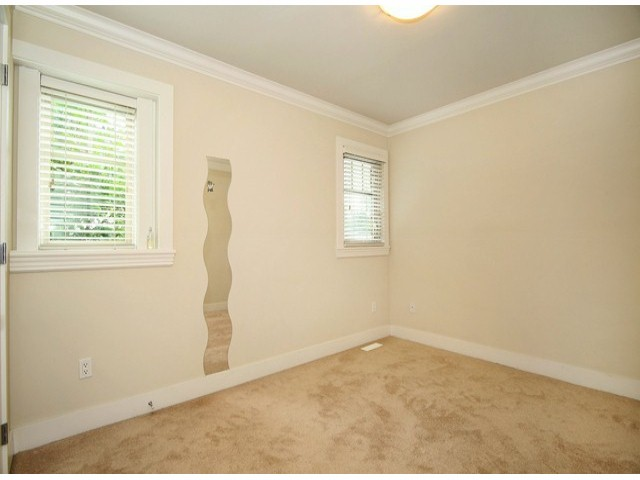 Photo 12: 14757 34A AV in Surrey: King George Corridor House for sale (South Surrey White Rock)  : MLS® # F1421355