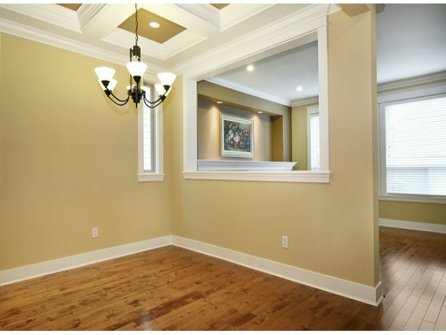 Photo 8: 14757 34A AV in Surrey: King George Corridor House for sale (South Surrey White Rock)  : MLS(r) # F1421355