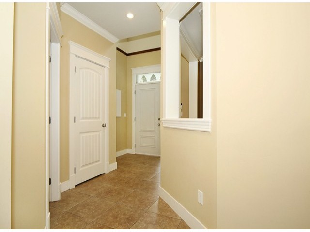 Photo 10: 14757 34A AV in Surrey: King George Corridor House for sale (South Surrey White Rock)  : MLS(r) # F1421355