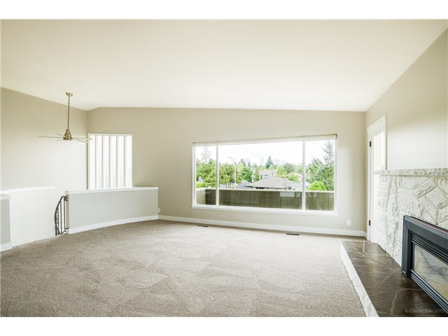 Photo 3: 6180 LAKEVIEW AVENUE in Burnaby: Upper Deer Lake House for sale (Burnaby South)  : MLS® # V1143097