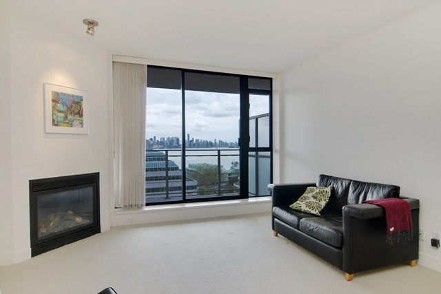 Photo 6: Photos: 711 175 W 1ST STREET in North Vancouver: Lower Lonsdale Condo for sale : MLS®# R2055650