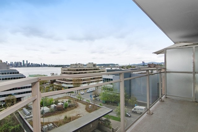 Photo 18: Photos: 711 175 W 1ST STREET in North Vancouver: Lower Lonsdale Condo for sale : MLS®# R2055650