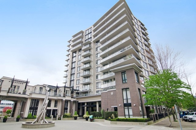 Main Photo: 711 175 W 1ST STREET in North Vancouver: Lower Lonsdale Condo for sale : MLS®# R2055650