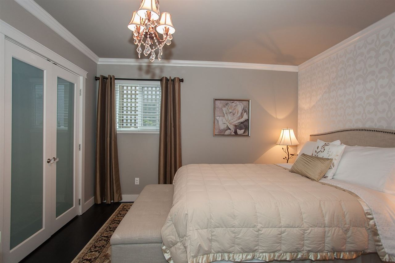 Photo 14: 3211 CHATHAM STREET in Richmond: Steveston Village Residential Detached for sale : MLS(r) # R2072657