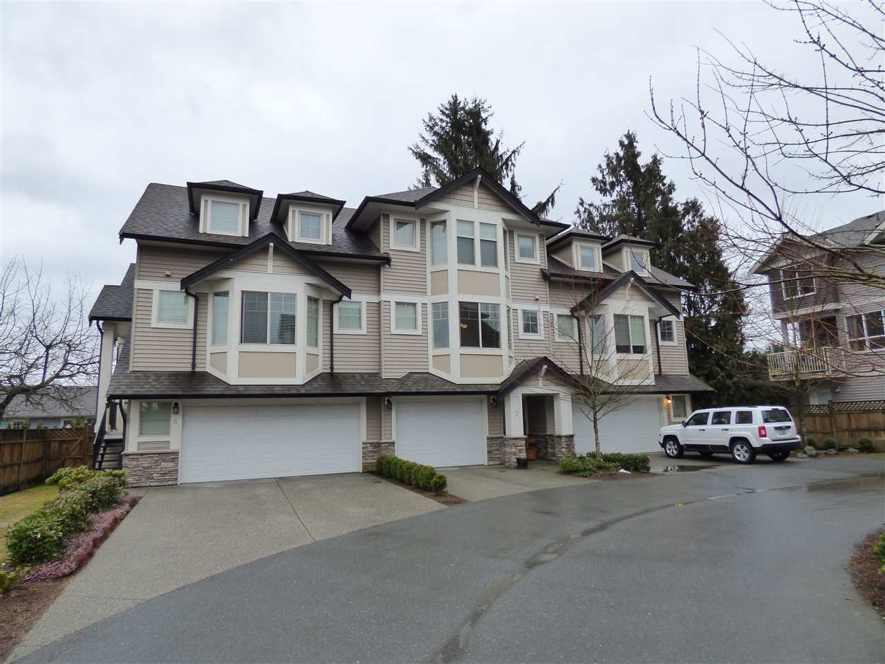 Main Photo: 7 9280 BROADWAY STREET in Chilliwack: Chilliwack E Young-Yale Townhouse for sale : MLS(r) # R2143136