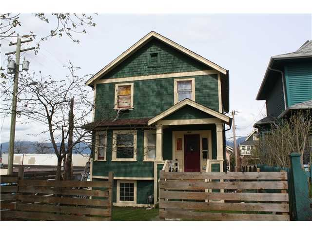 "Photo 4: 1723 NAPIER ST in Vancouver: Grandview VE House for sale in ""COMMERCIAL DRIVE"" (Vancouver East)  : MLS® # V989441"