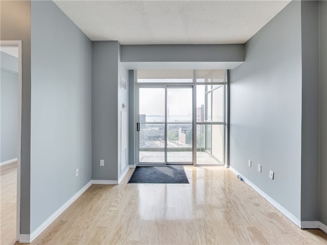 Photo 3: 39 Parliament St Unit #919 in Toronto: Waterfront Communities C8 Condo for sale (Toronto C08)  : MLS(r) # C3610177