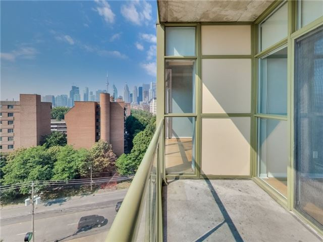 Photo 4: 39 Parliament St Unit #919 in Toronto: Waterfront Communities C8 Condo for sale (Toronto C08)  : MLS(r) # C3610177