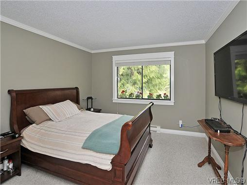 Photo 10: NORTH SAANICH REAL ESTATE = DEAN PARK HOME For Sale SOLD With Ann Watley