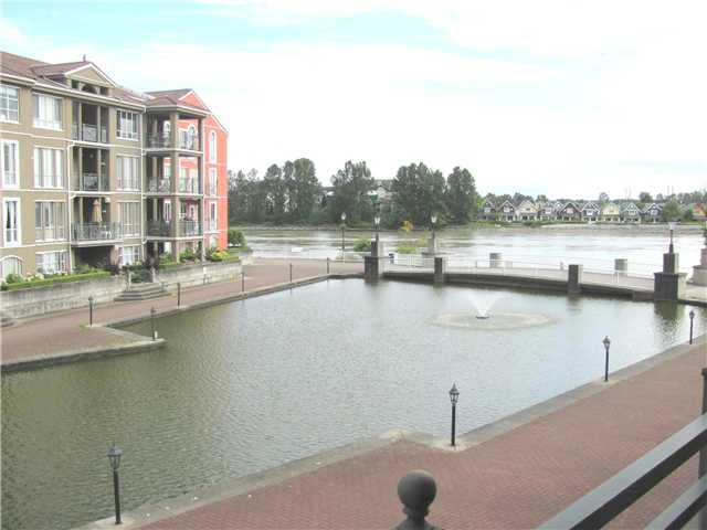 "Main Photo: 203 6 RENAISSANCE Square in New Westminster: Quay Condo for sale in ""THE RIALTO"" : MLS®# V959059"