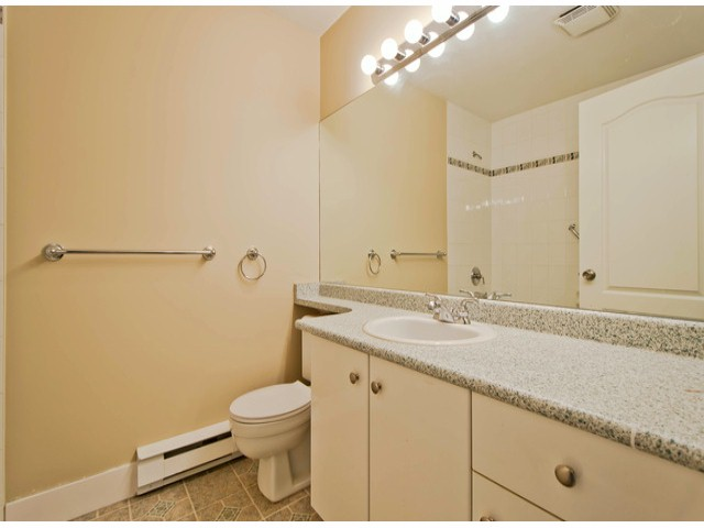 "Photo 8: 404 10128 132ND Street in Surrey: Cedar Hills Condo for sale in ""MELROSE GARDENS"" (North Surrey)  : MLS® # F1304973"