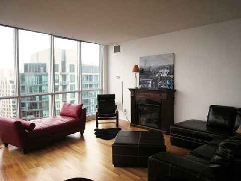 Main Photo: 219 Fort York Blvd Unit #Uph02 in Toronto: Niagara Condo for sale (Toronto C01)  : MLS(r) # C2796220