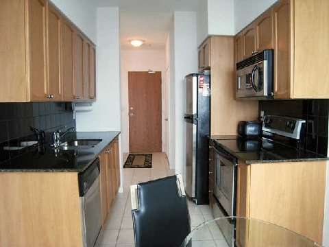 Photo 4: 219 Fort York Blvd Unit #Uph02 in Toronto: Niagara Condo for sale (Toronto C01)  : MLS(r) # C2796220