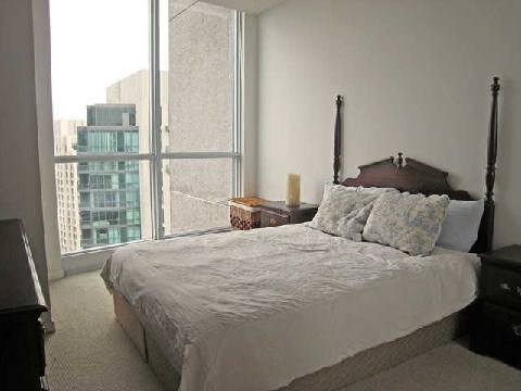 Photo 6: 219 Fort York Blvd Unit #Uph02 in Toronto: Niagara Condo for sale (Toronto C01)  : MLS(r) # C2796220