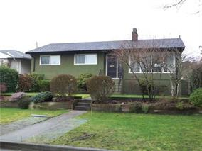 Main Photo: 3745 Victory Street in Burnaby: House for sale : MLS(r) # V1120674
