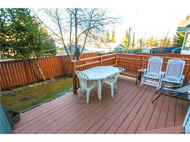 Photo 24: 136 SANDPIPER CI NW in Calgary: Sandstone Valley House for sale : MLS(r) # C4049626