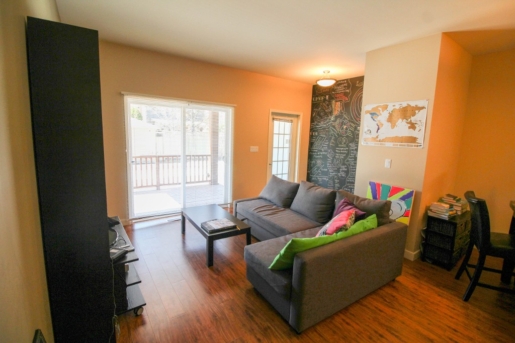 Photo 5: 17 725 Kingsway Avenue in Winnipeg: River Heights / Tuxedo / Linden Woods Townhouse for sale (Central Winnipeg)  : MLS(r) # 1610101