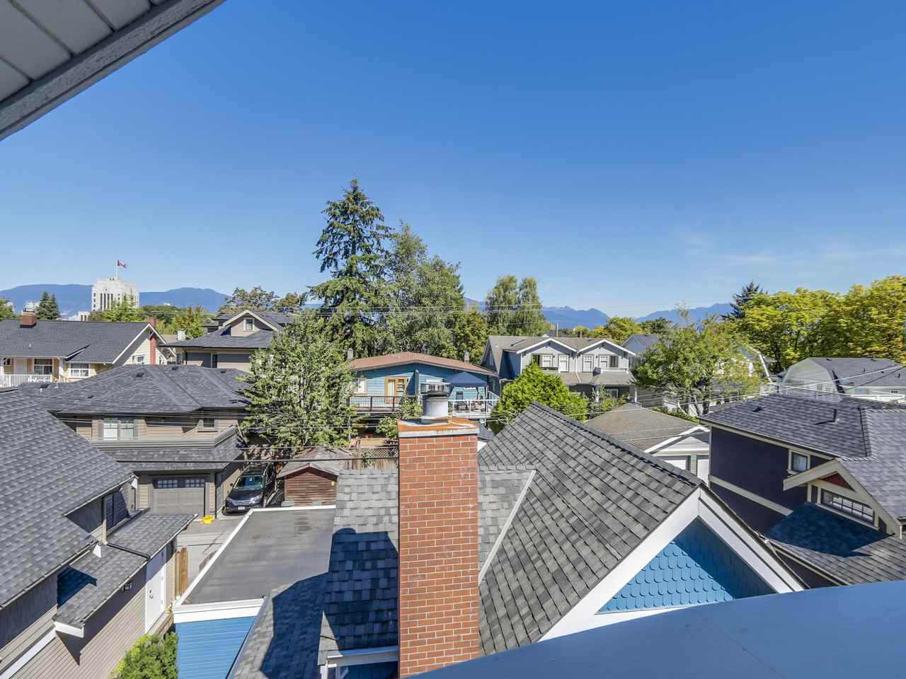 Photo 18: 329 W 15TH AVENUE in Vancouver: Mount Pleasant VW Townhouse for sale (Vancouver West)  : MLS(r) # R2102962