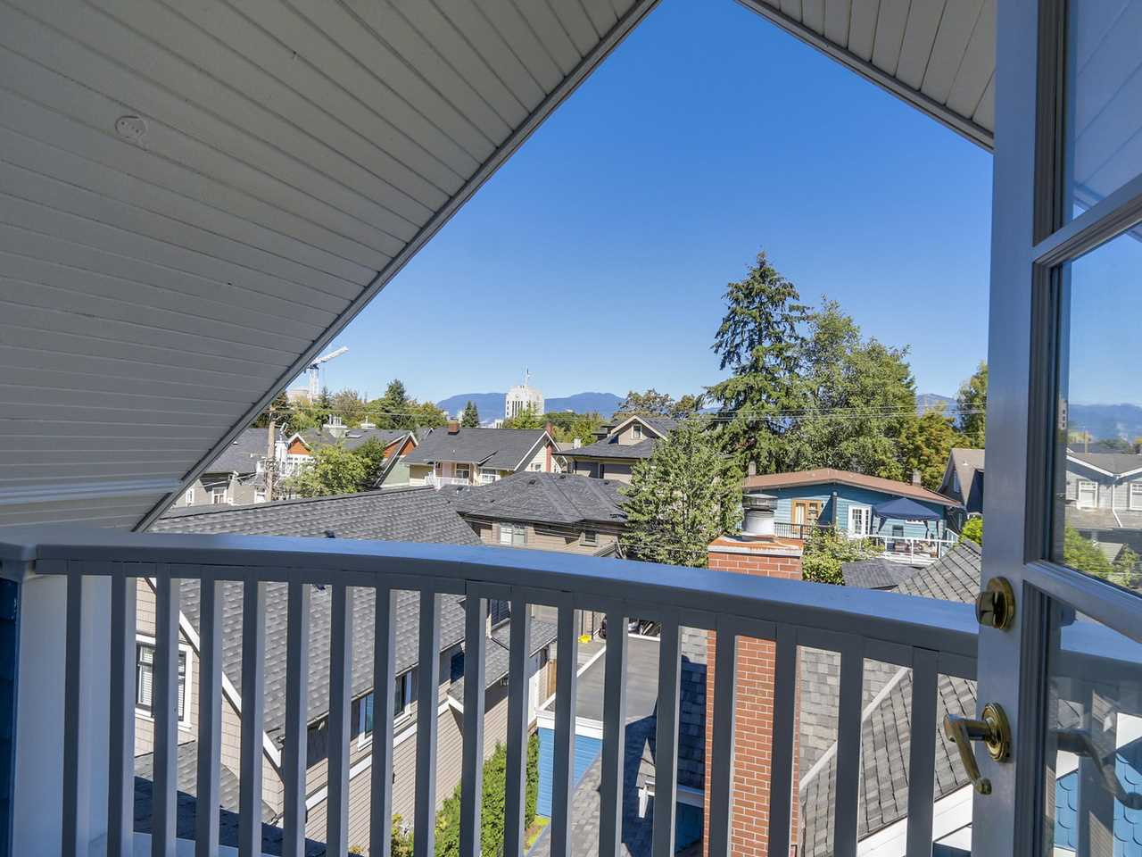 Photo 17: 329 W 15TH AVENUE in Vancouver: Mount Pleasant VW Townhouse for sale (Vancouver West)  : MLS(r) # R2102962