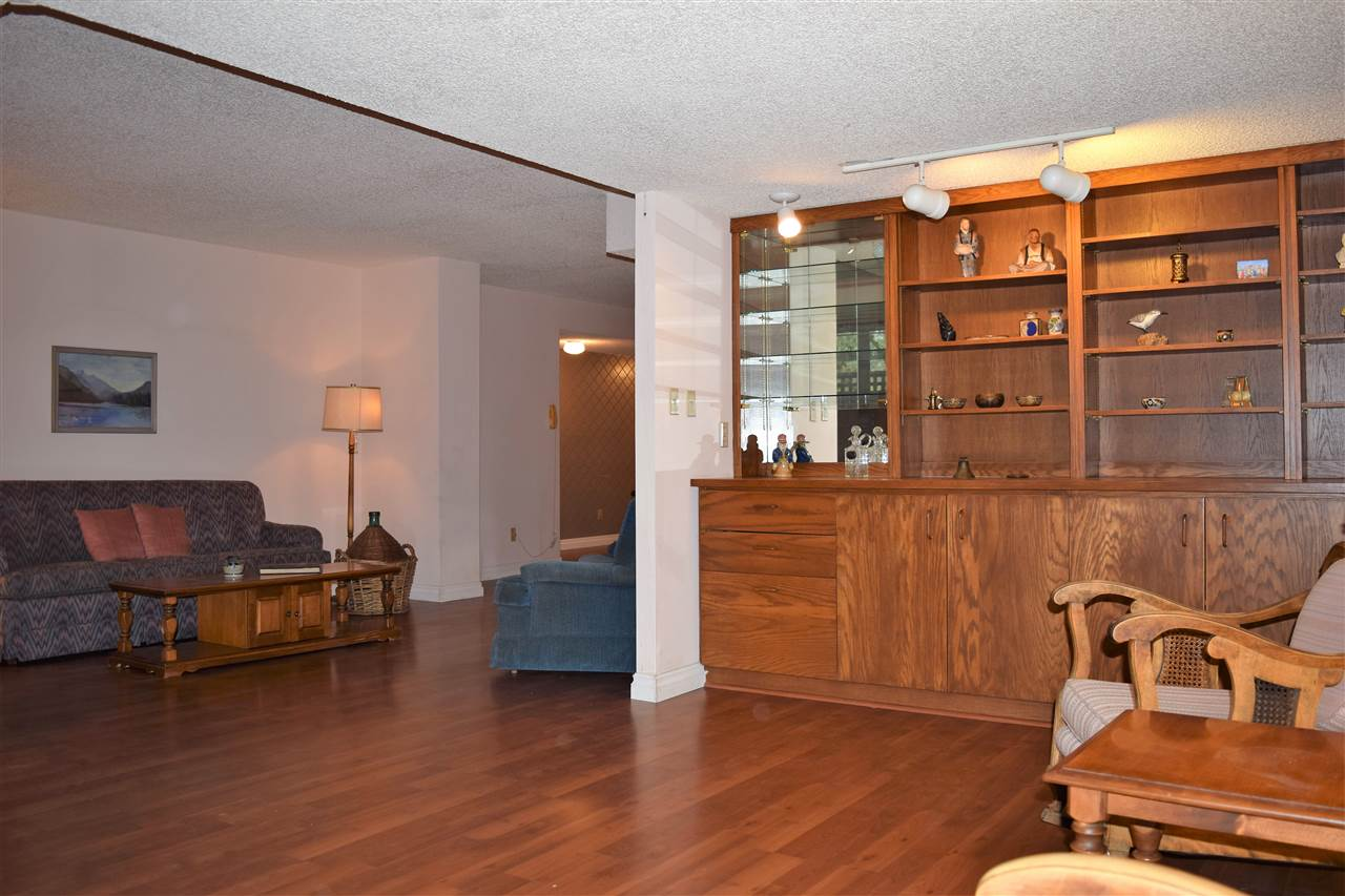 Photo 9: 202 1477 FOUNTAIN WAY in Vancouver: False Creek Condo for sale (Vancouver West)  : MLS® # R2133746