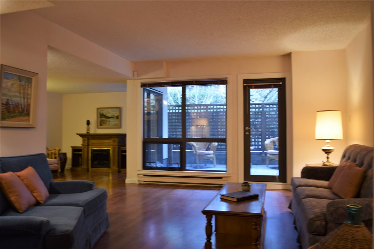 Photo 5: 202 1477 FOUNTAIN WAY in Vancouver: False Creek Condo for sale (Vancouver West)  : MLS® # R2133746