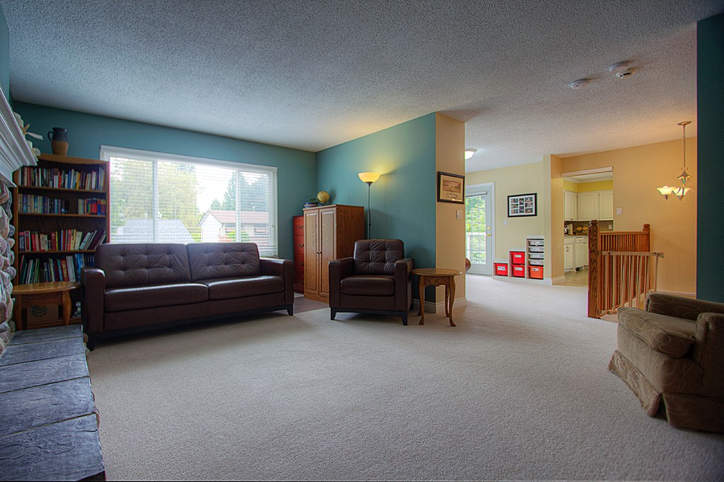 Photo 3: 4877 202A Street in Langley: Langley City House for sale : MLS(r) # F1220726