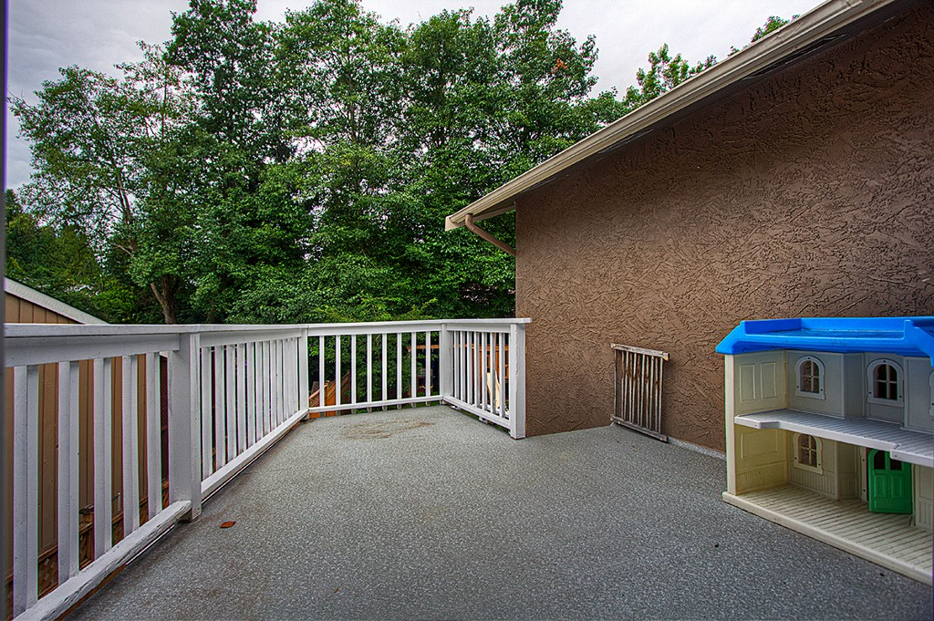 Photo 8: 4877 202A Street in Langley: Langley City House for sale : MLS(r) # F1220726