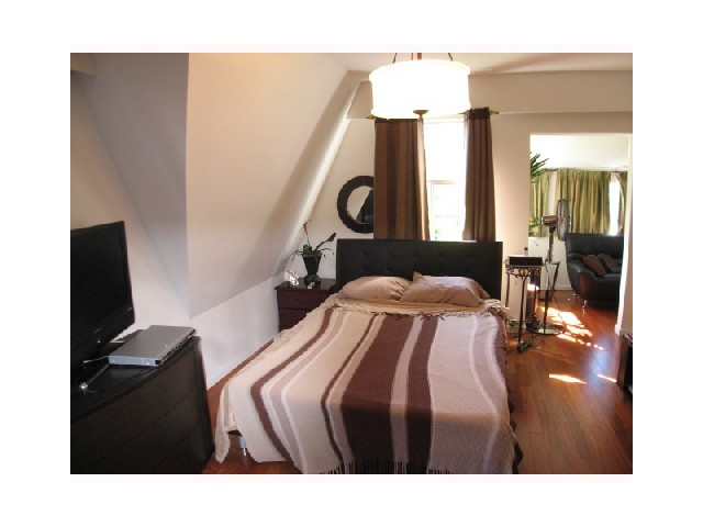 Photo 8: 1860 BARCLAY ST in Vancouver: West End VW House for sale (Vancouver West)  : MLS® # V1047125