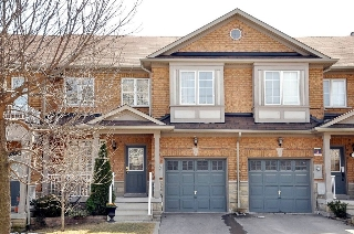 Main Photo: Yonge & Hwy 7, freehold townhome for sale in Richmond Hill