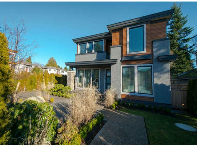 Main Photo: 13608 Malabar Avenue: White Rock House for sale (South Surrey White Rock)  : MLS® # F1409351