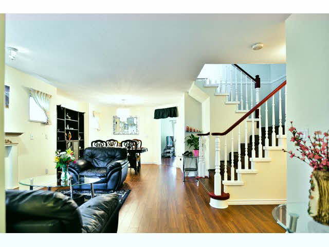 Photo 5: 34 13499 92 Avenue in Surrey: Townhouse for sale : MLS(r) # F1451408