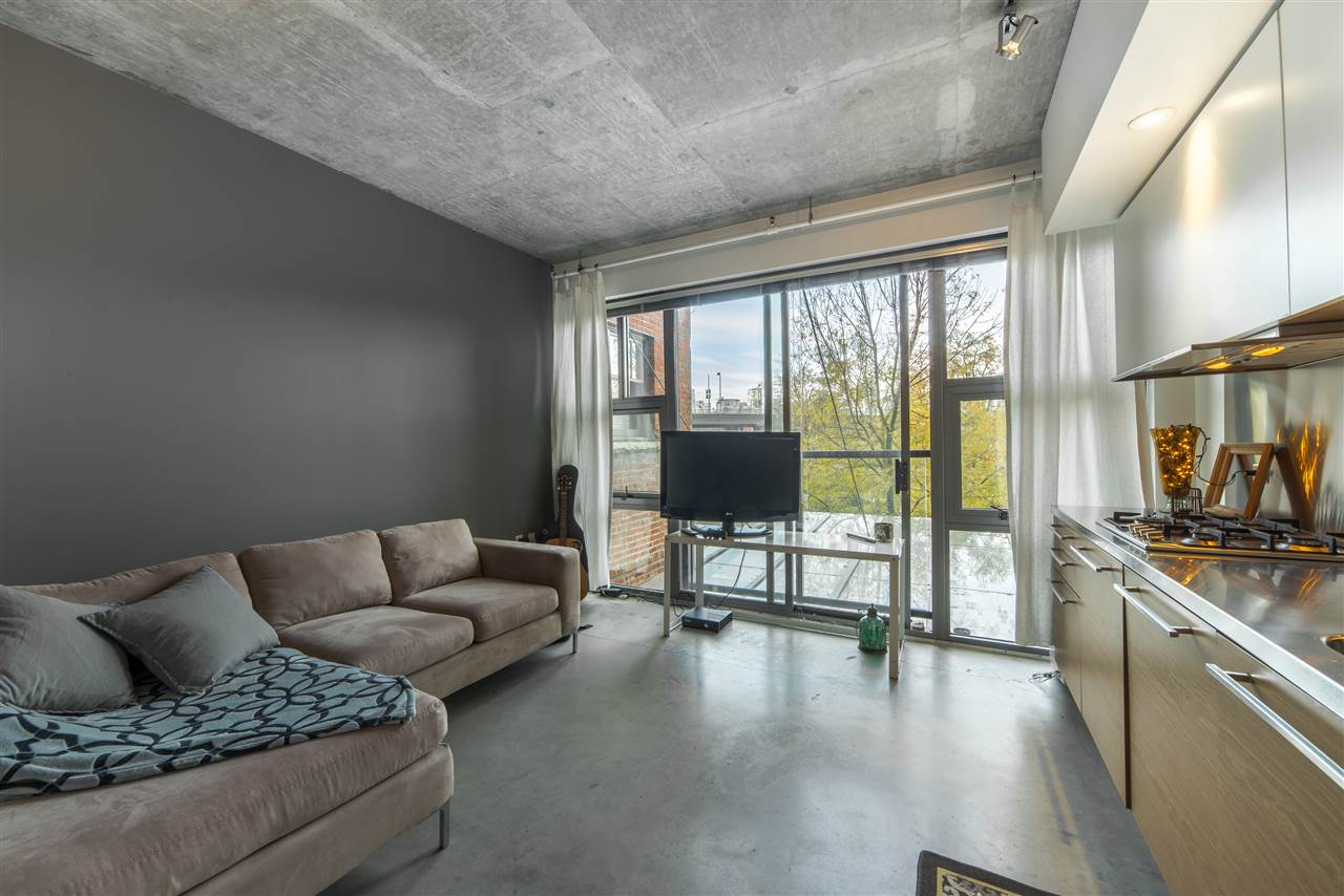 Main Photo: 201 388 W 1ST AVENUE in Vancouver: False Creek Condo for sale (Vancouver West)  : MLS® # R2014147