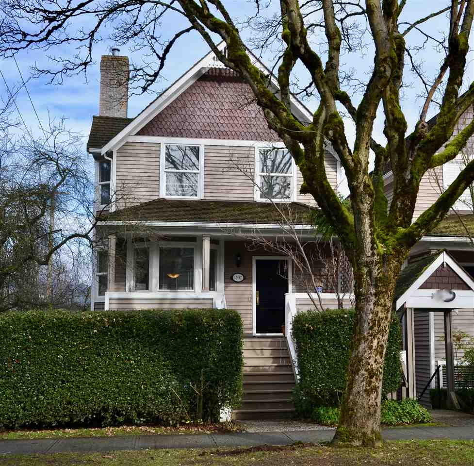 Main Photo: 1897 W 3RD AVENUE in Vancouver: Kitsilano Townhouse for sale (Vancouver West)  : MLS® # R2139920